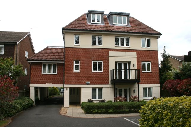 Thumbnail Flat for sale in Christchurch Park, South Sutton