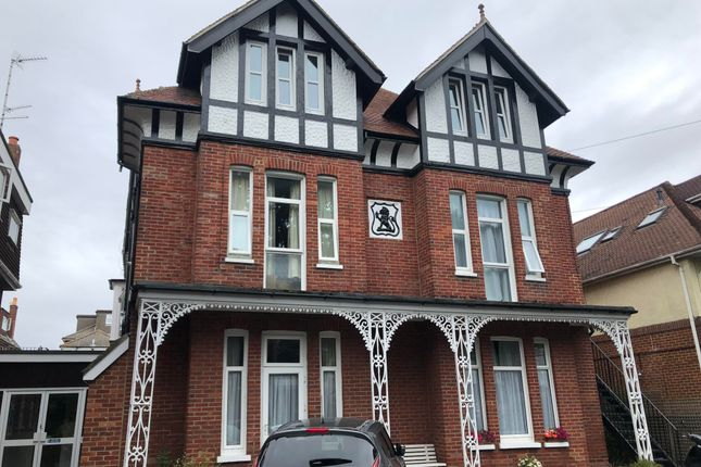 Thumbnail Flat to rent in Florence Road, Boscombe, Bournemouth