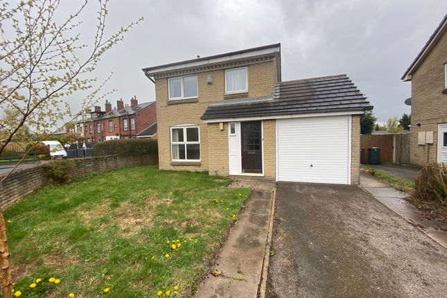 3 bed detached house for sale in Newcastle Close, Drighlington, Bradford BD11