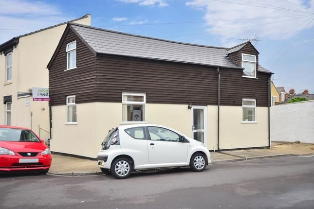 Thumbnail Detached house to rent in Station Road, Portsmouth