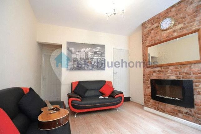 Thumbnail Terraced house to rent in Myrtle Road, Leicester