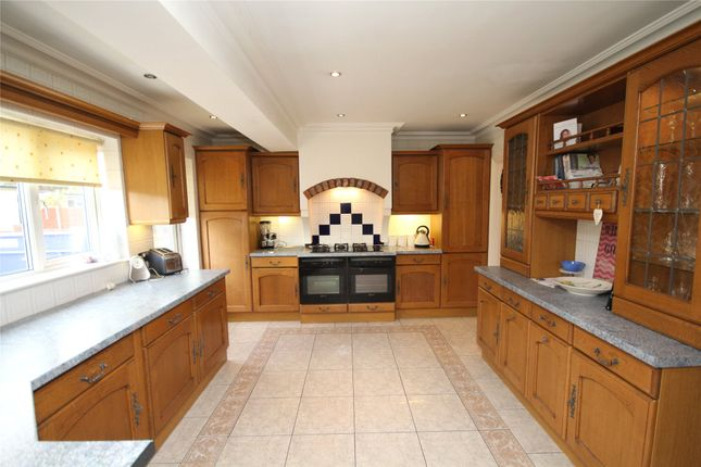 Thumbnail Semi-detached house for sale in Gipsy Road, Welling, Kent