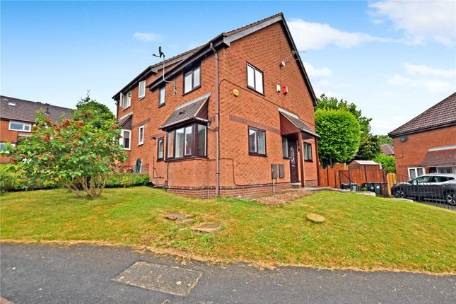 3 bed semi-detached house to rent in Ibbetson Road, Churwell, Morley, Leeds LS27