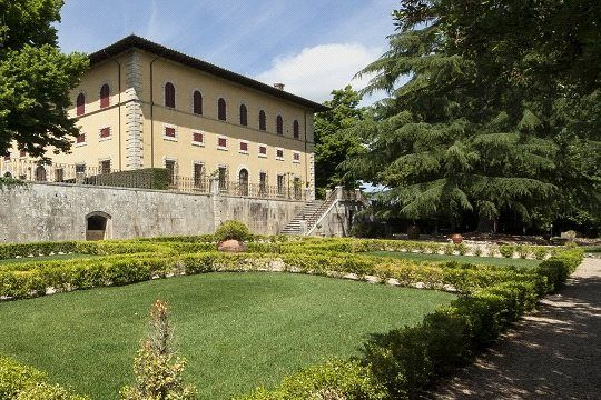 2 bed apartment for sale in Apartmento Nobile, Poggibonsi, Tuscany