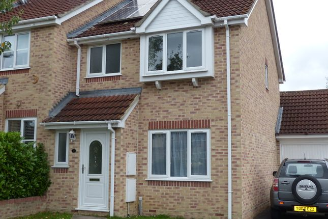 Thumbnail Terraced house to rent in Campion Close, Gillingham