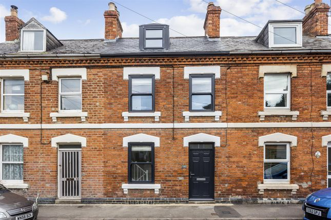 Thumbnail Property for sale in Belle Vue Road, Stroud