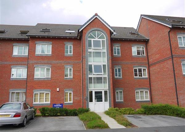 Thumbnail Flat to rent in Dean Road, Irlam, Manchester