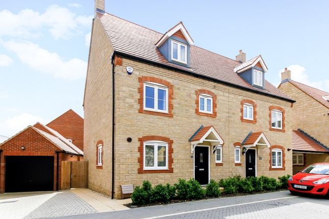 Thumbnail Semi-detached house to rent in Wetherby Road, Bicester