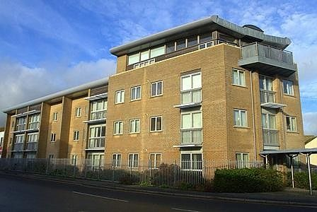 Thumbnail Flat to rent in Claremont Quays, Claremont Road