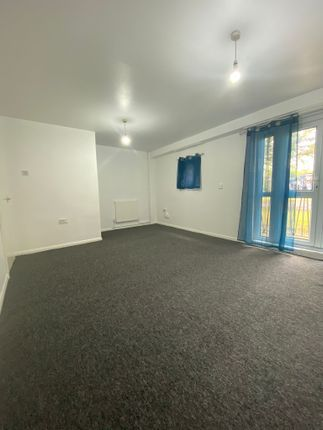 2 bed maisonette to rent in Labrador Close, Leicester, Leicestershire LE1