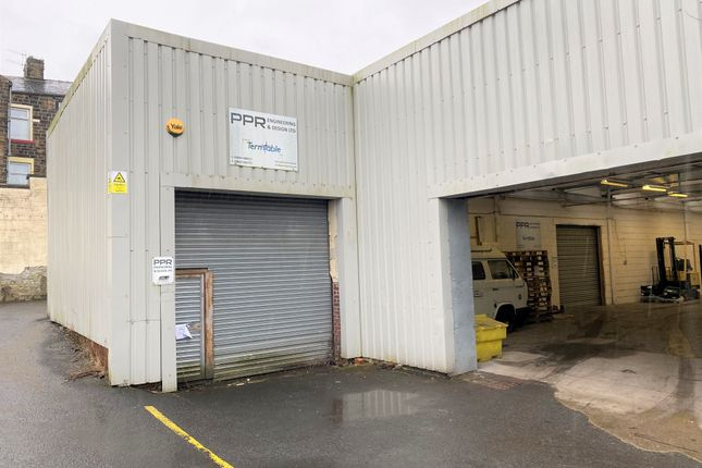 Thumbnail Warehouse to let in Springhill Road, Burnley
