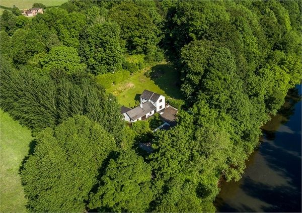 Thumbnail Detached house for sale in Abergavenny Road, Usk, Monmouthshire