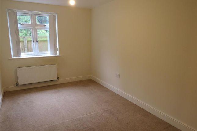 Bedroom 1 of Faversham Road, Kennington, Ashford TN24