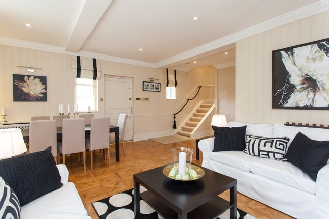 Thumbnail Cottage to rent in Frognal, London