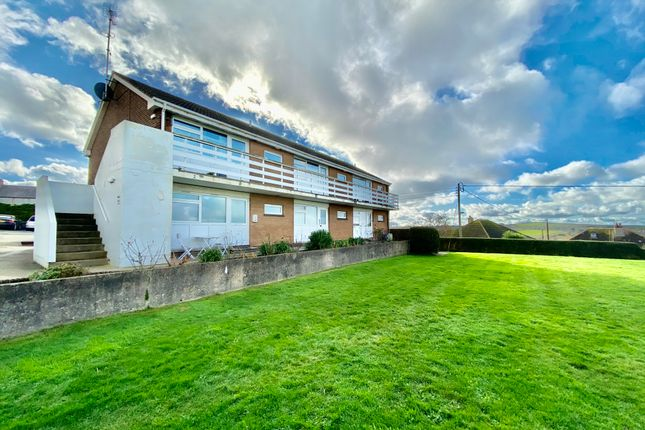 Thumbnail Flat to rent in Stratton Road, Bude, Cornwall