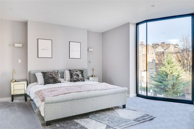 Thumbnail Detached house for sale in Edbrooke Road, London