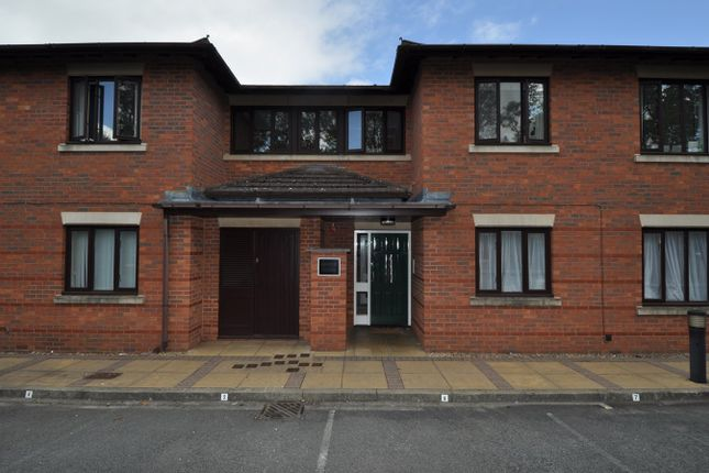 Thumbnail Flat for sale in Minworth Close, Webheath, Redditch