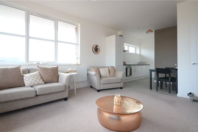 1 bed flat for sale in Trinity Court, Emmview Close, Wokingham