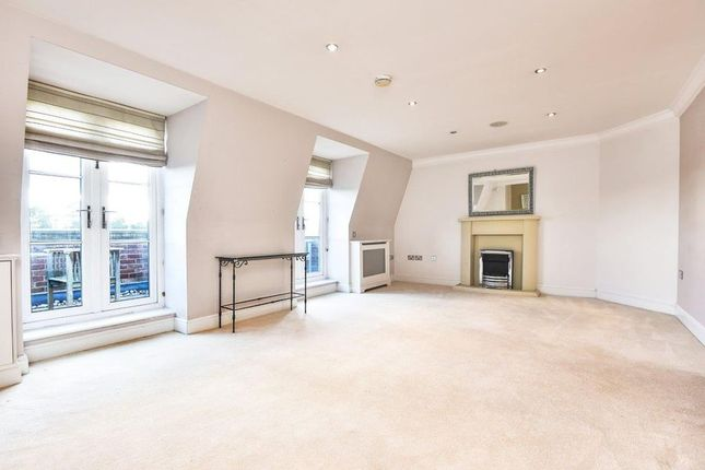 Thumbnail Flat to rent in Burleigh Road, Ascot