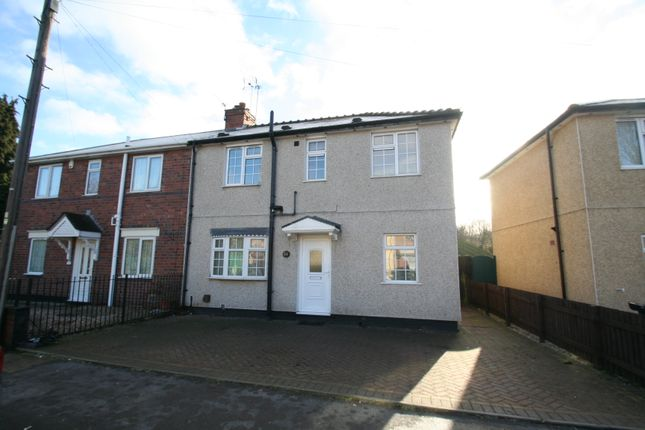 3 bed semi-detached house to rent in Addison Road, Brierley Hill, West Midlands