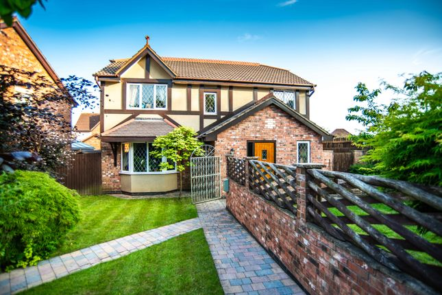 Thumbnail Detached house for sale in Bayswater Close, Priorslee, Telford