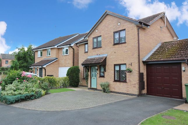 Photograph 1 of Thane Close, Studley B80