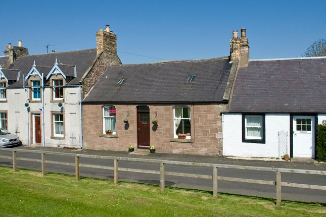Thumbnail Cottage for sale in The Green, Swinton