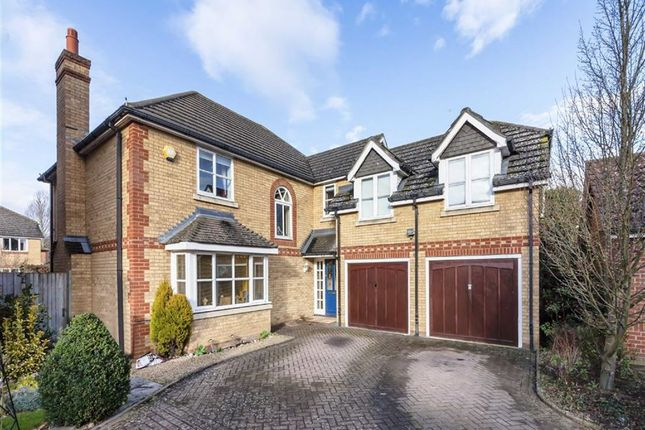 Thumbnail Detached house for sale in Bourne Close, Thames Ditton