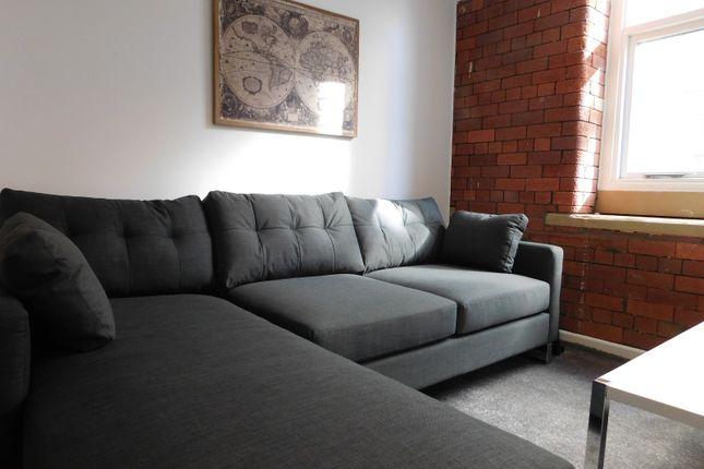 Thumbnail Flat to rent in 1 Balme Street, City Centre, Bradford