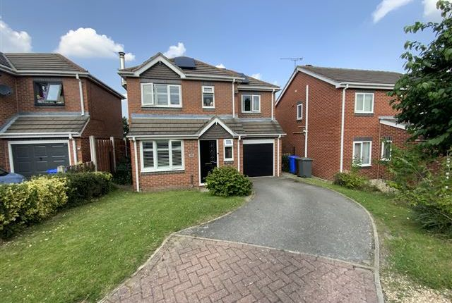3 bed detached house for sale in Kirkstead Gardens, Sheffield S13