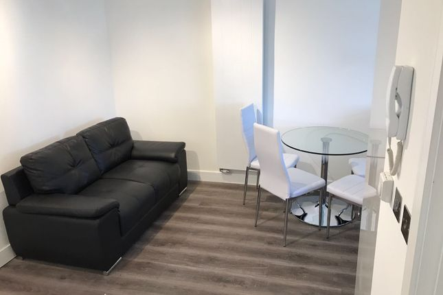 1 bed flat to rent in Haverstock Hill, London