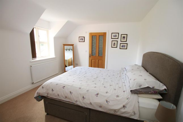 Bedroom Two of Station Road, Thorpe-On-The-Hill, Lincoln LN6