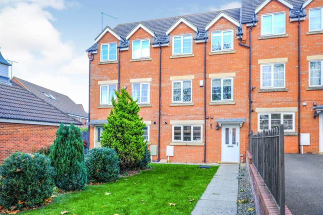 3 bed town house for sale in Cony Walk, Grange Park, Northampton NN4