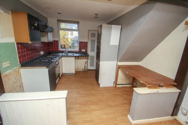 Fitted Kitchen of South Street, Ball Green, Stoke-On-Trent ST6