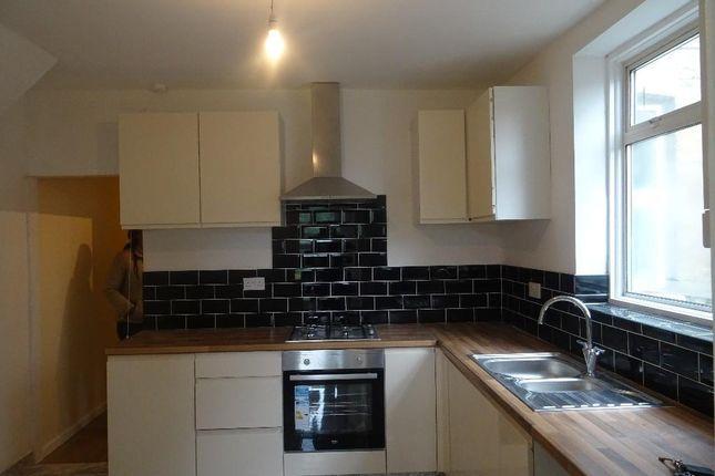 Thumbnail Flat for sale in Off Leyton High Road, Leyton, Leytonstone E10, E11,