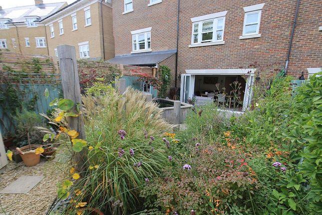 Thumbnail Terraced house for sale in Huntingdon Avenue, Tunbridge Wells, Kent