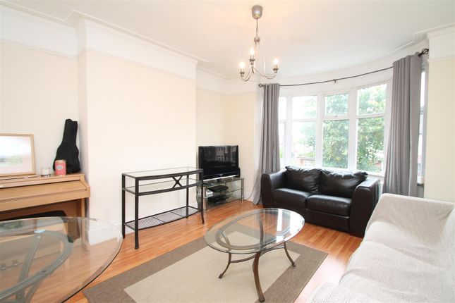 Thumbnail Flat for sale in Hazelwood Lane, Palmers Green, London