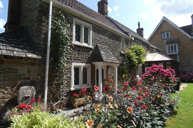 Thumbnail Detached house for sale in Old Derry Hill, Calne