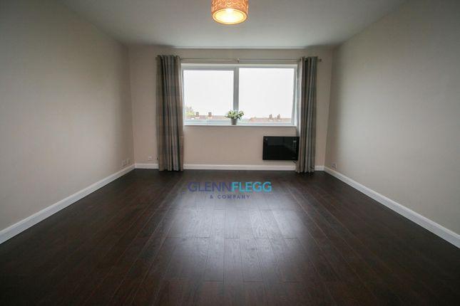 Living Room of Huntercombe Lane North, Burnham, Slough SL1