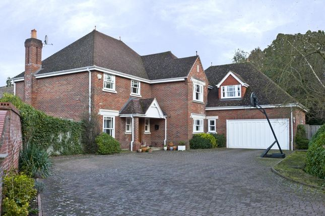 Thumbnail Detached house to rent in Waterford Close, Cobham