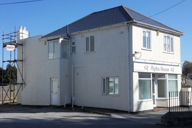 Thumbnail Flat to rent in Cadewell Lane, Shiphay, Torquay