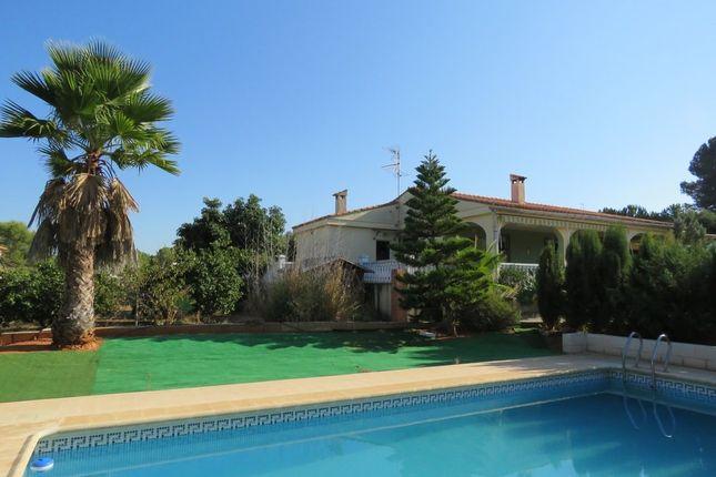 3 bed villa for sale in Alberic, Valencia, Spain