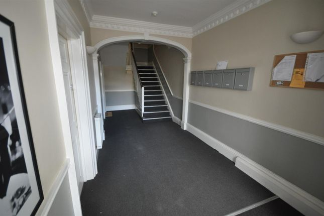 Thumbnail Flat to rent in The White House, Marlowes, Hemel Hempstead