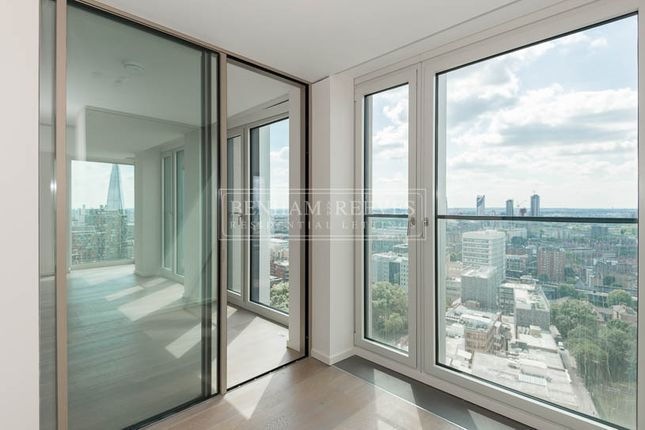 Thumbnail Flat to rent in Southbank Tower, Upper Ground, Blackfriars