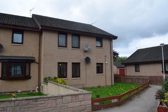 Thumbnail Flat to rent in Springfield Drive, Elgin