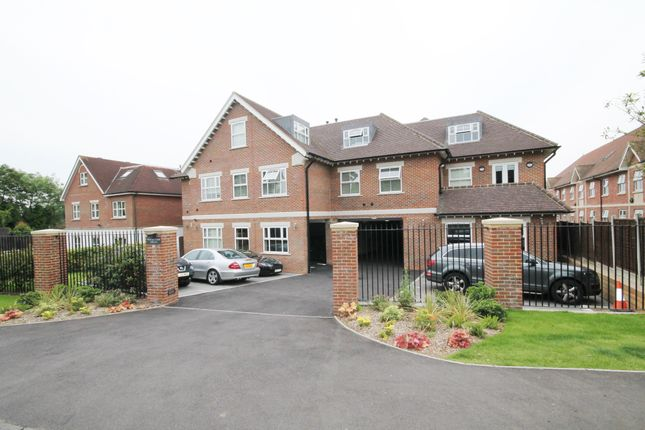 Thumbnail Duplex to rent in William Court, Chigwell