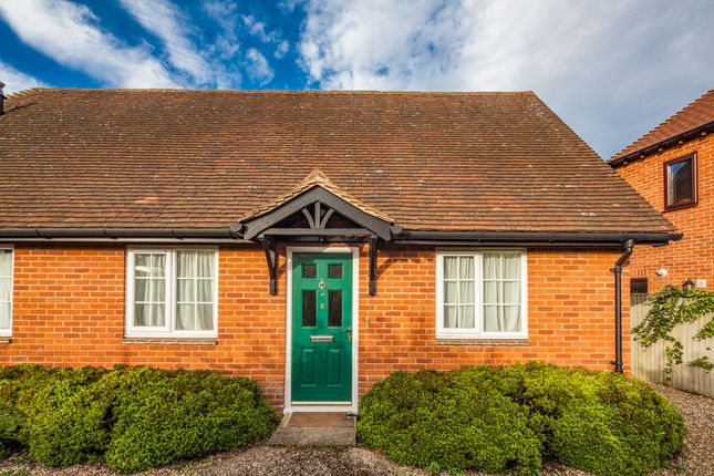 Thumbnail Bungalow to rent in 6 Cricklewood Cottages, Blewbury