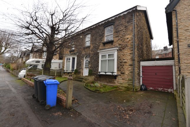 Thumbnail Shared accommodation to rent in Chippinghouse Road, Sheffield