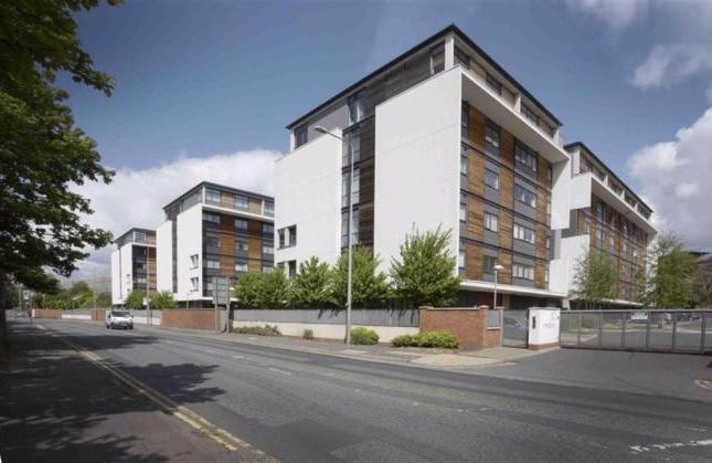 Thumbnail Flat to rent in Madison Court, Broadway, Salford