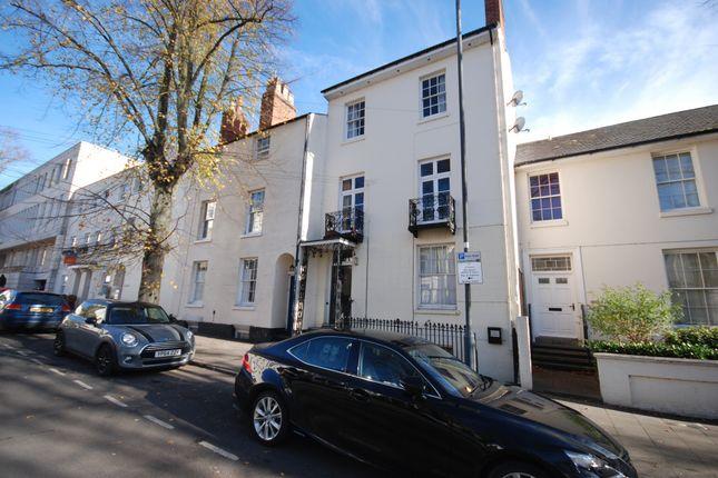 Thumbnail Terraced house to rent in Portland Street, Warwickshire